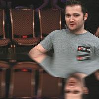Интервью Евгений Качалов: «Покер – игра, в которой совершенствоваться нужно постоянно»
