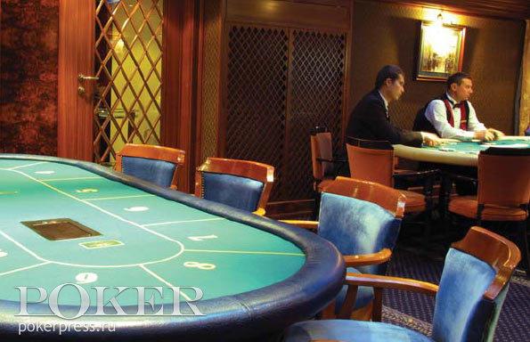 покер в казино Шангри Ла